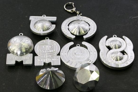 小学生の勲章